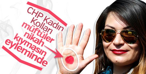 CHP'li kadınlar müftüye nikah yetkisini protesto etti