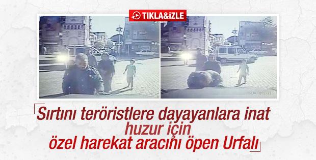 Polis aracını öpen Urfalı