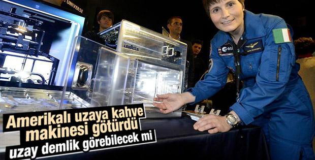 İlk İtalyan kadın astronot uzaya kahve makinası götürdü