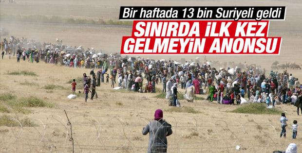 Suriyeliler Türkiye'ye giriş yapmak için sınırda bekliyor