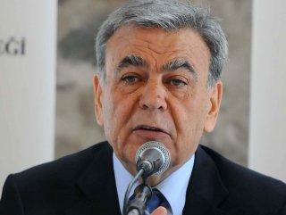 İzmir'de CHP AK Parti'ye 8 puan fark attı