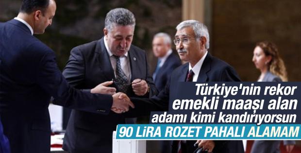 MHP'li Durmuş Yılmaz Meclis rozetini pahalı diye almadı