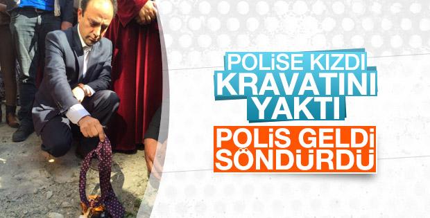 HDP'li vekil Osman Baydemir kravatını yaktı