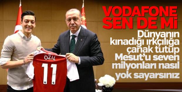 Vodafone Almanya, Mesut Özil'i reklamdan çıkardı