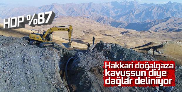 Terörden temizlenen Hakkari dağlarında doğalgaz çalışması