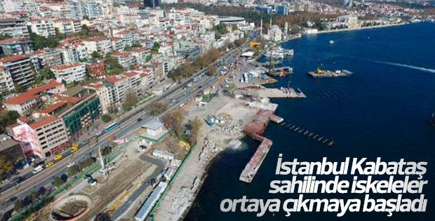 İstanbul Kabataş sahilinde iskeleler ortaya çıkıyor