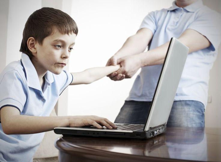 çocuklar ve internet ile ilgili görsel sonucu