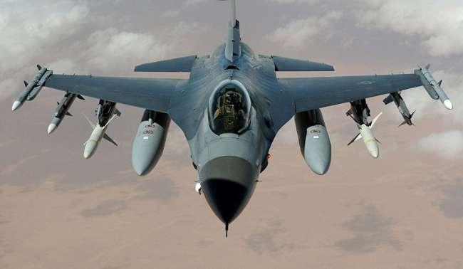 F-16'lar Suriye sınırına yönlendirildi