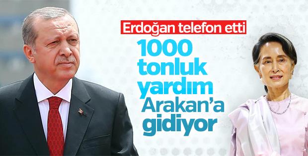 Türkiye'den Arakan'a bin tonluk yardım