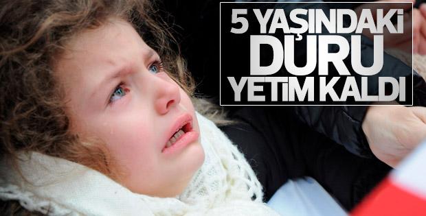 Şehit Karakurdu'nun çocukları cenazede gözyaşlarına boğuldu