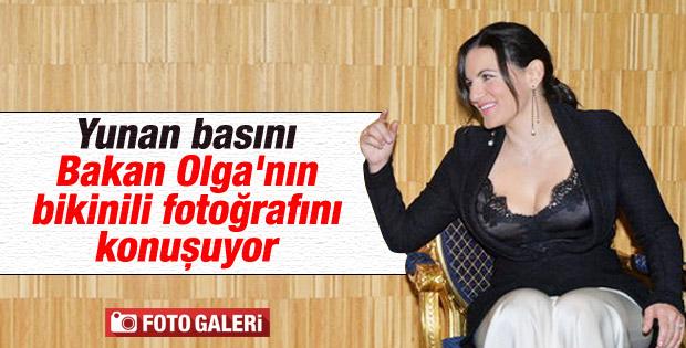 Yunan Bakan Olga Kefaloyani bikinisiyle yakalandı