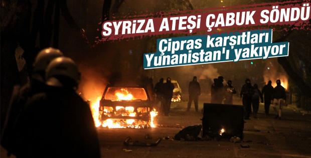 Atina'da iktidar karşıtı gösteri