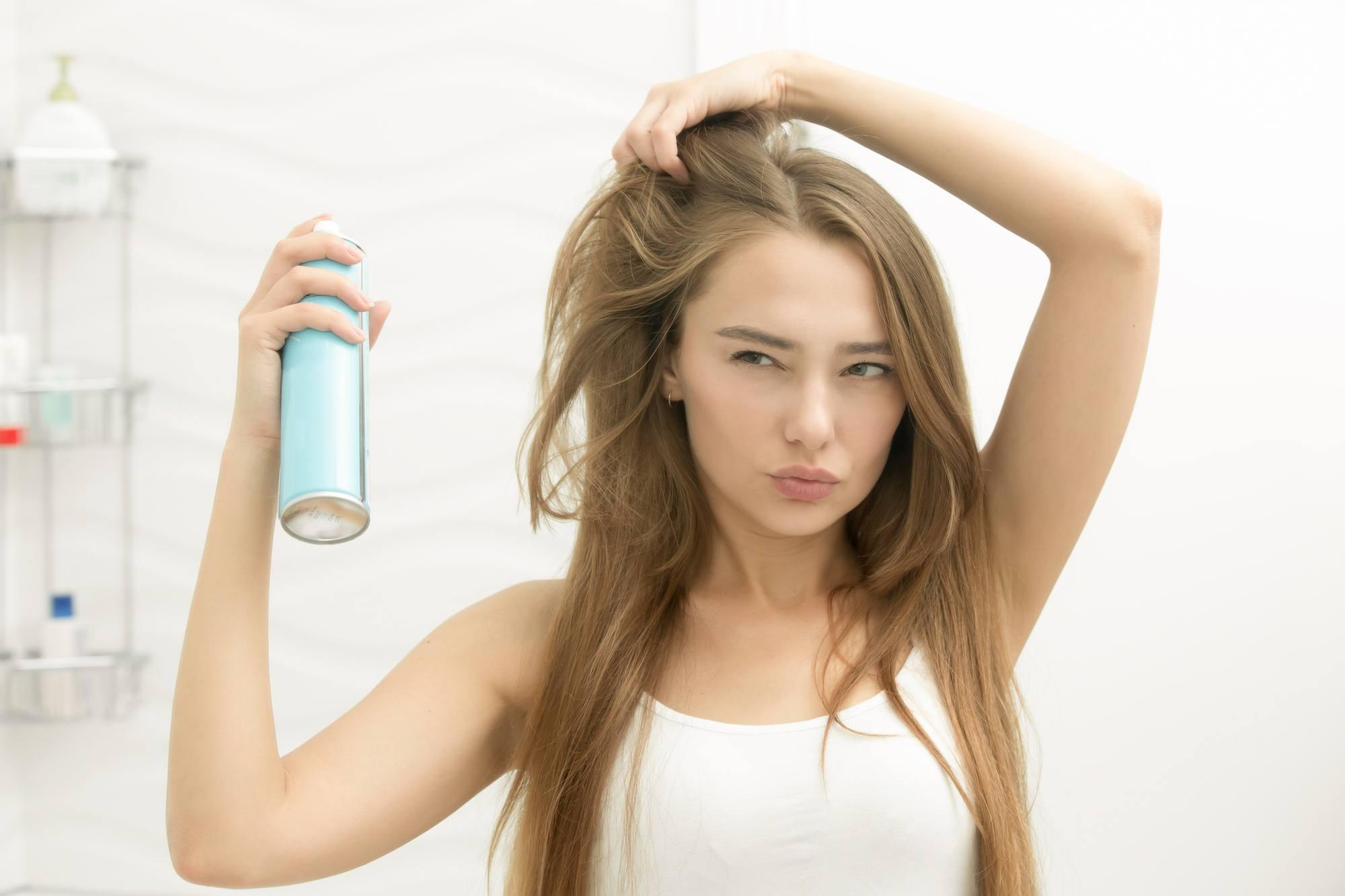 cara menggunakan dry shampoo