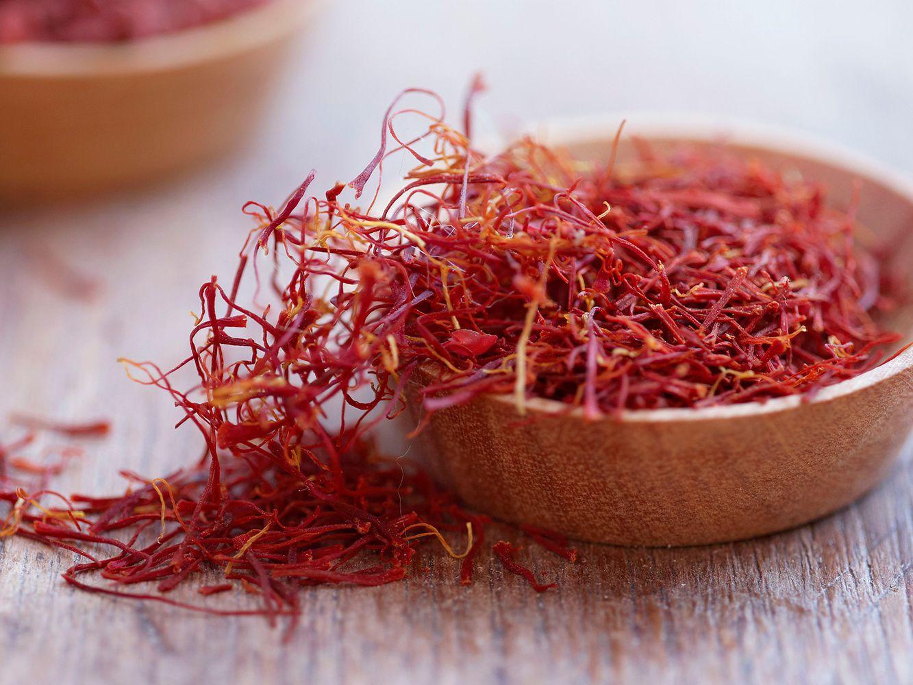 saffron threads 5a36e476842b170037d0aa86