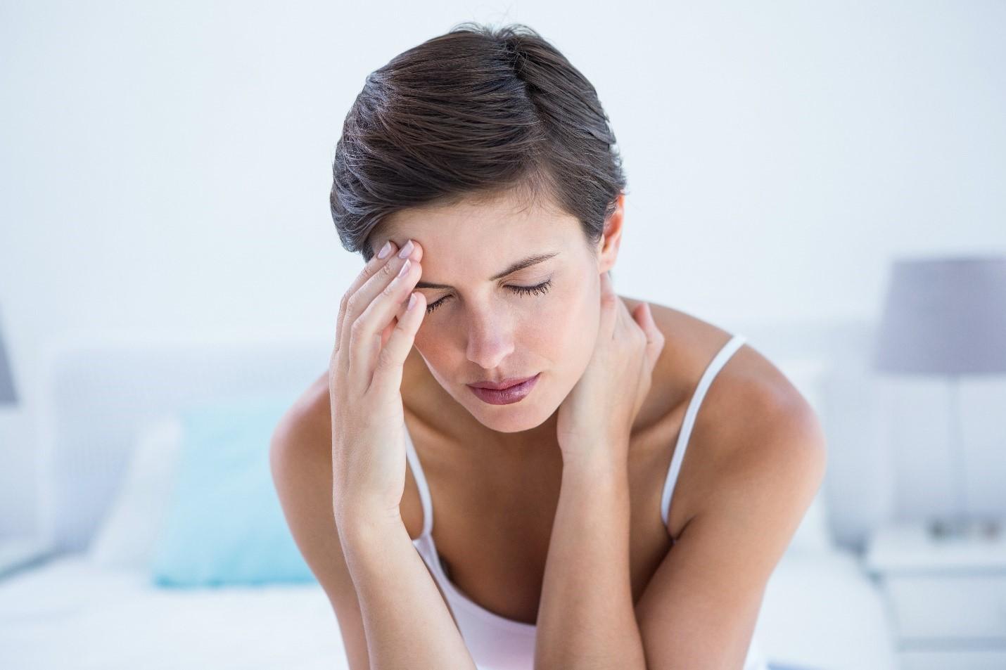 Aşırı ağrı kesici kullanımı baş ağrısı yapabilir #2