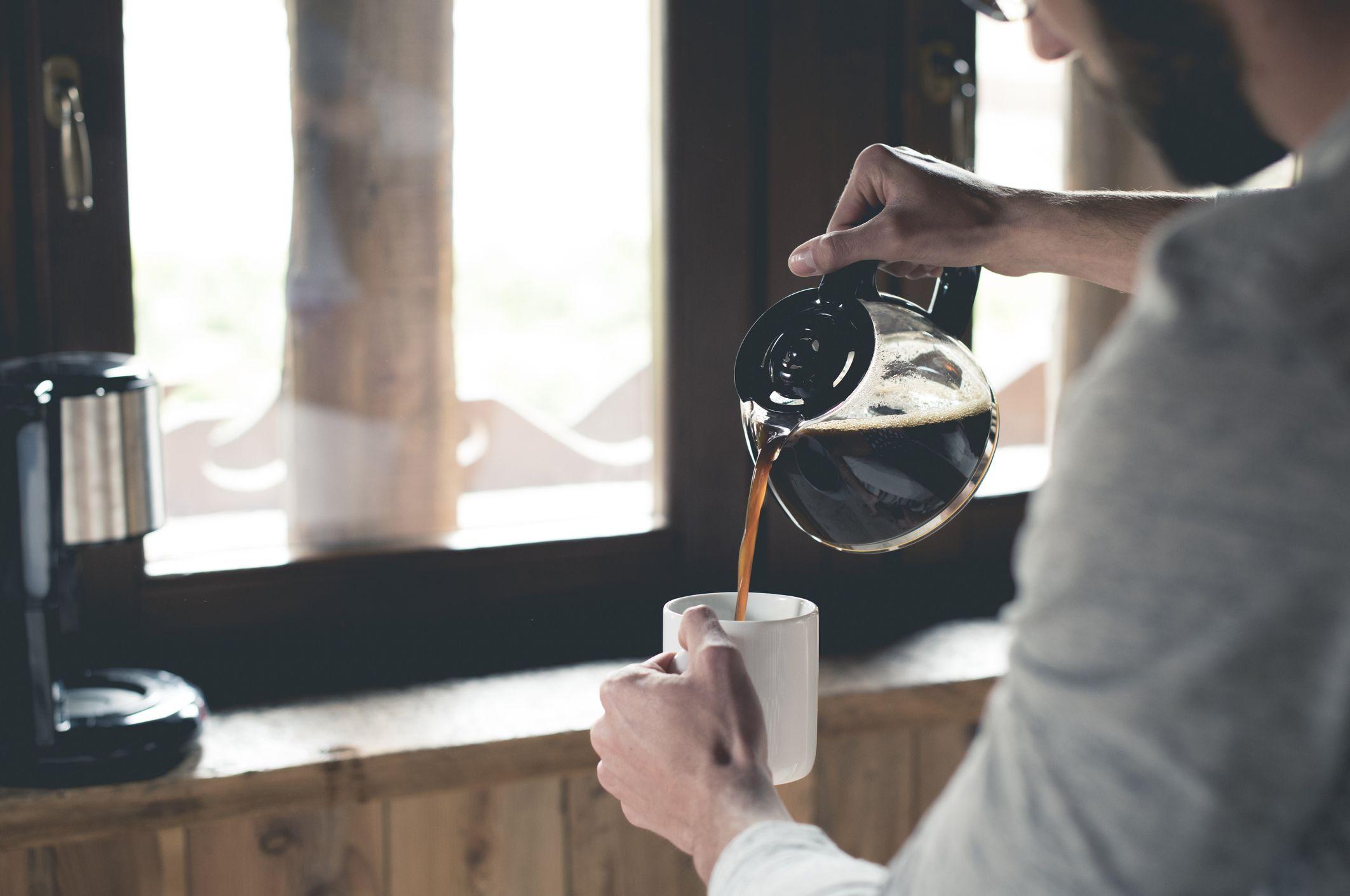 Göz tansiyonuna karşı kahve tüketimini abartmayın #1