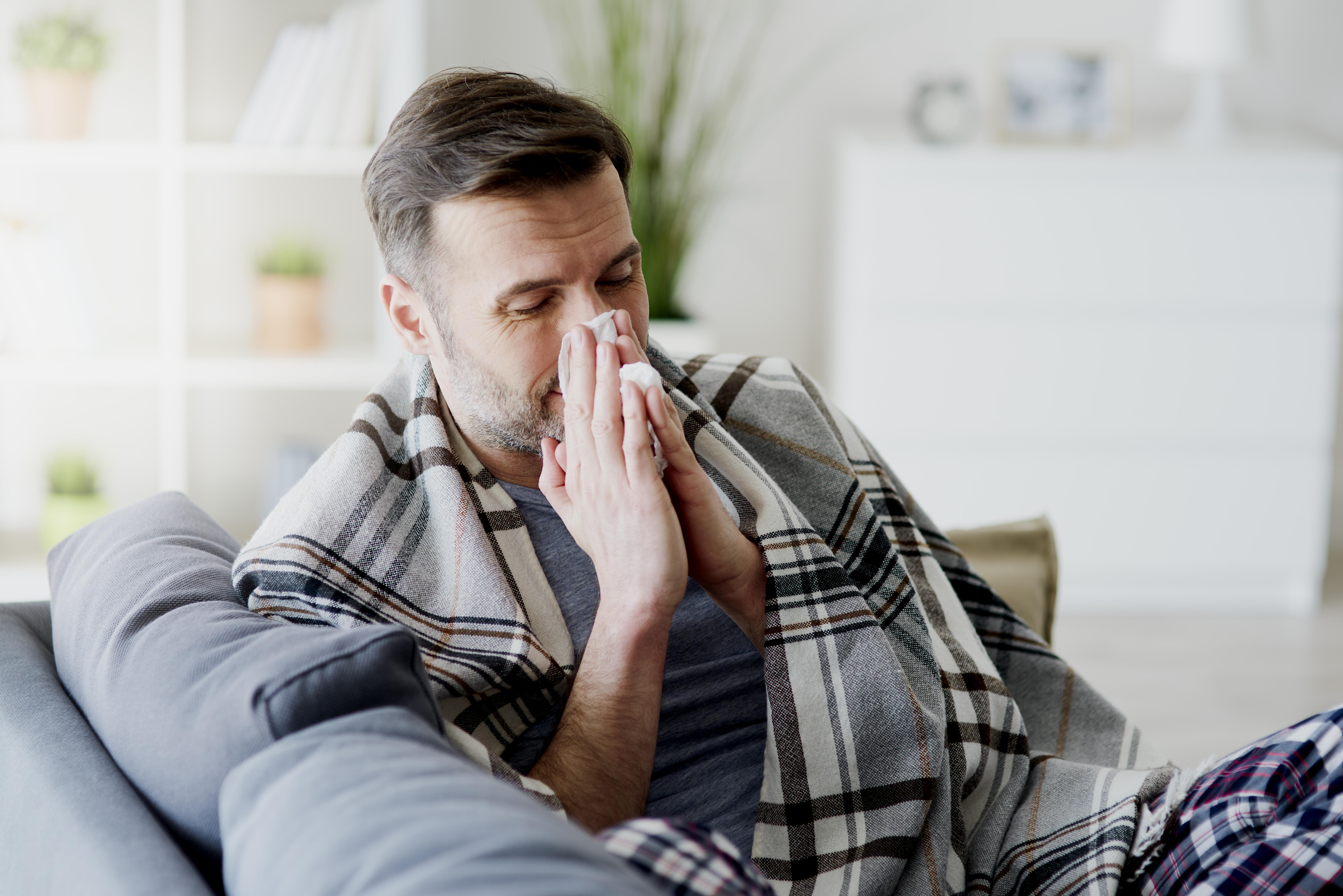 Koronavirüs ile grip aşısı 14 gün arayla yapılabilir #1