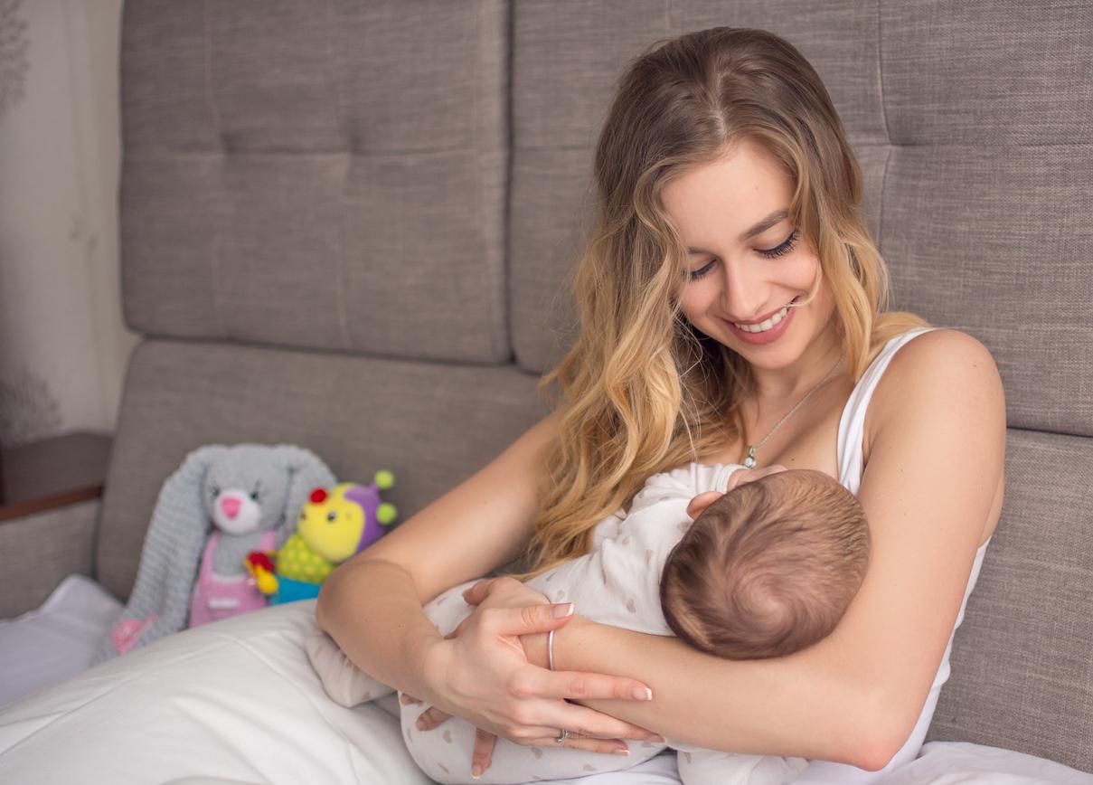 Anne sütü bebekleri koronavirüse karşı koruyor #2
