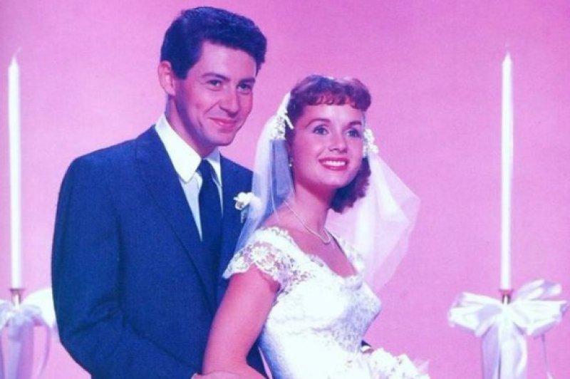 1950li Yıllarda Evlenen ünlülerin Gelinlik Modelleri