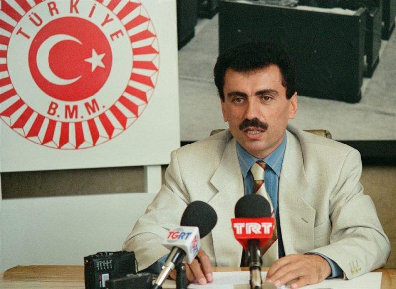 Muhsin Yazıcıoğlu ölümünün 8. yılında fotoğraflarla anılıyor