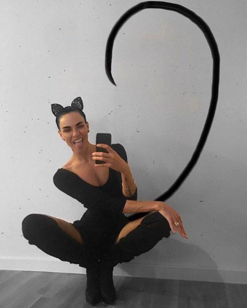 Ia Ostergren: Long-legged model bullied mercilessly as a