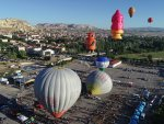 Hot air balloon festival begins in Cappadocia