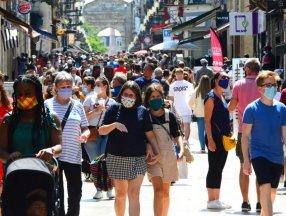 Fransa'da 24 saatte 52 bin 10 yeni vaka tespit edildi