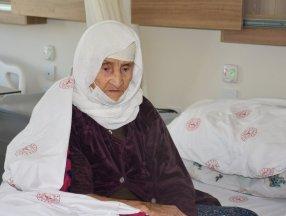 Şırnak'ta 120 yaşında koronavirüsü yendi