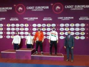 Avrupa Yıldızlar Güreş Şampiyonası'nda millilerimizden 2 bronz madalya
