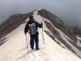 Uludağ'ın puslu zirvesinde tehlikeli yolculuk