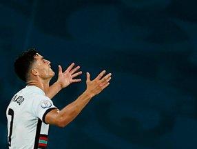 Cristiano Ronaldo son düdükle birlikte yıkıldı