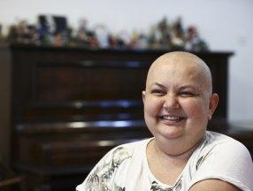 Dokuz kez kanseri atlattı