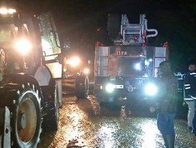 Düzce'de sel: Zonguldak yolu çift yönlü kapatıldı