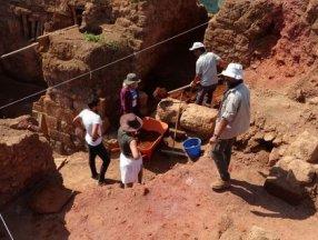 Ordu'daki Kurul Kalesi'nde 2 bin 300 yıllık silah deposu bulundu