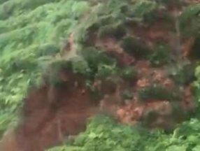 Rize'de sağanak yağış sonrası heyelan meydana geldi