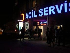 Erzincan'da otomobil ile traktör çapıştı: 1 ölü 5 yaralı