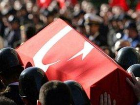 Hulusi Akar şehit Halil Çelebi için başsağlığı mesajı yayınladı