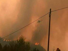 THK'nın 20 hava aracı yangınlara müdahalede bulunuyor