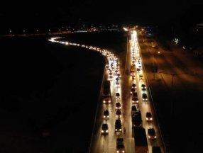 Kırıkkale'de 43 ilin geçiş güzergahında trafik kilitlendi