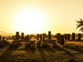 Selçuklu Meydan Mezarlığı, tarihe ışık tutuyor