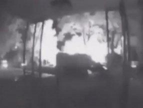 New Jersey'deki sel sırasında bir evde patlama meydana geldi