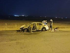 Batman'da seyir halindeki araç yandı