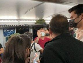 Avşa-Yenikapı seferinde yolcular arasında sosyal mesafe tartışması