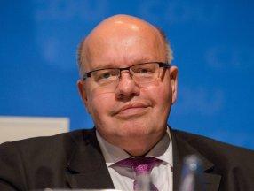 Almanya'da Ekonomi ve Enerji Bakanı Peter Altmeier hastaneye kaldırıldı