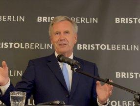 Eski Almanya Cumhurbaşkanı Wulff: Türkler bizim tarihin bir parçasıdır
