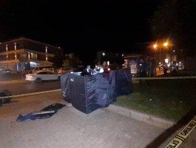 İzmir'de bulunan bir parkta ceset bulundu