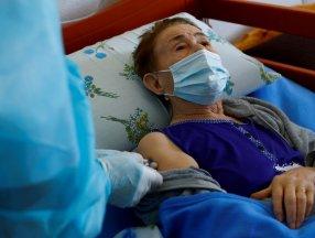 ABD'de 3'üncü doz aşının sadece yaşlılara uygulanması tavsiye edildi