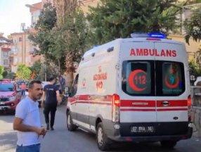 Antalya'da anne, devlet korumasına alınan çocuğunu vermemek için evi yaktı