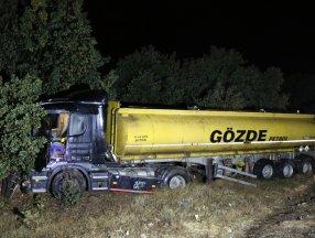Uşak'ta tankerin çarptığı sürücü yaşamını yitirdi