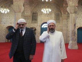 Diyanet İşleri Başkanı Ali Erbaş, Şuşa'da ezan okudu